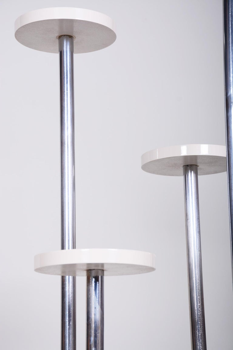 20th Century Restored Unusual Czech Bauhaus Chrome White Flower Pedestal, 1930s For Sale 4