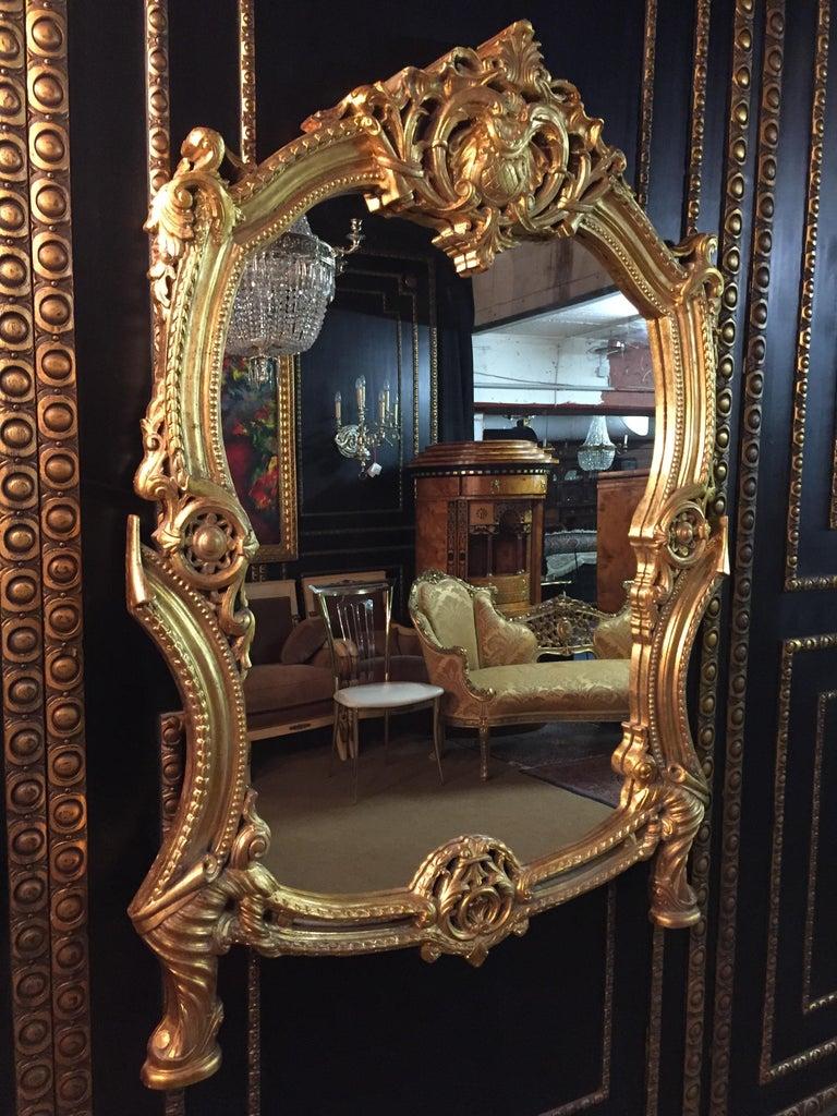 20th Century Rococo Wall-Mirror In Good Condition For Sale In Berlin, DE