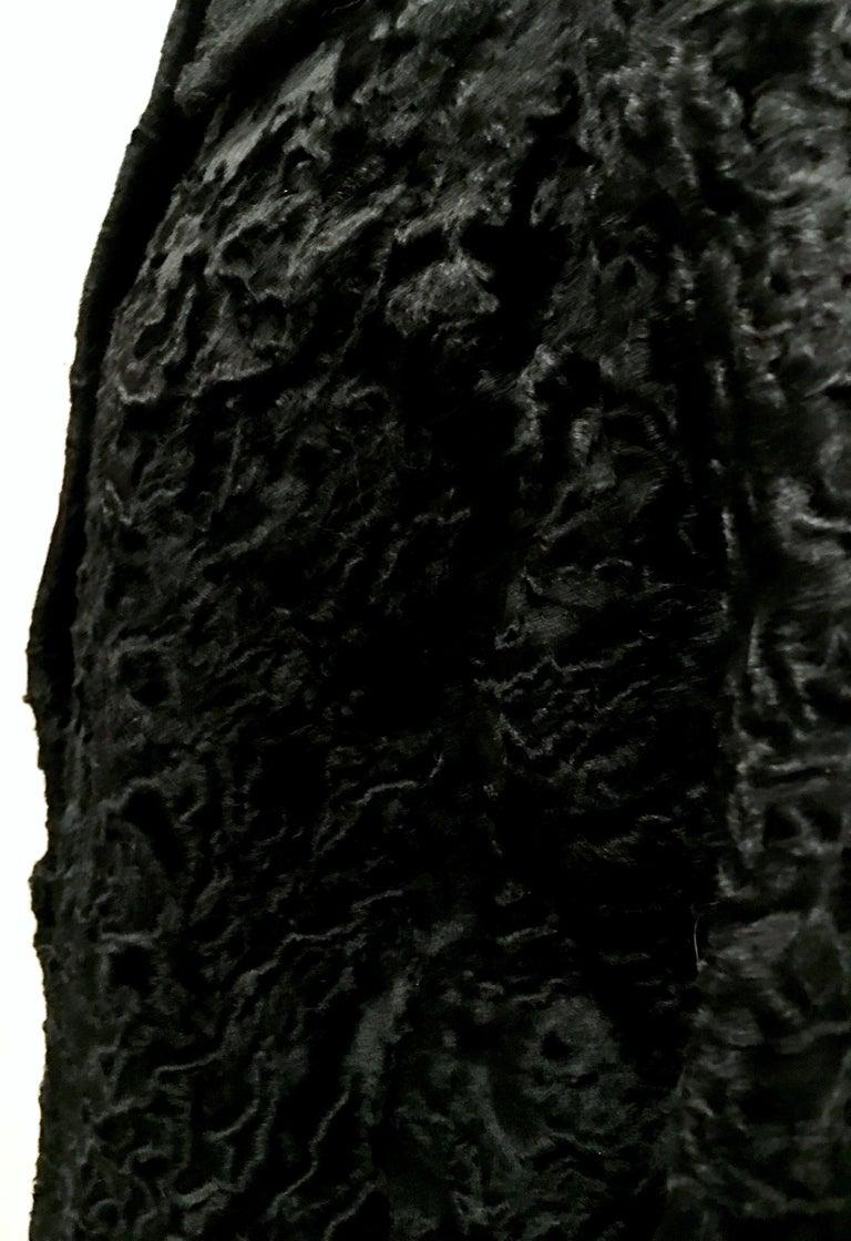 20th Century Sculptural Persian Jet Black Lamb Fur Swing Car Coat For Sale 8
