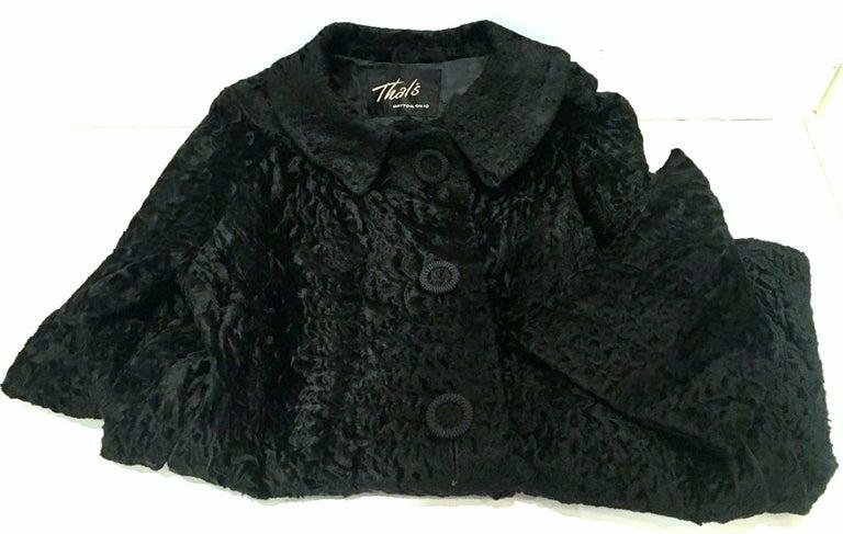 20th Century Sculptural Persian Jet Black Lamb Fur Swing Car Coat For Sale 12
