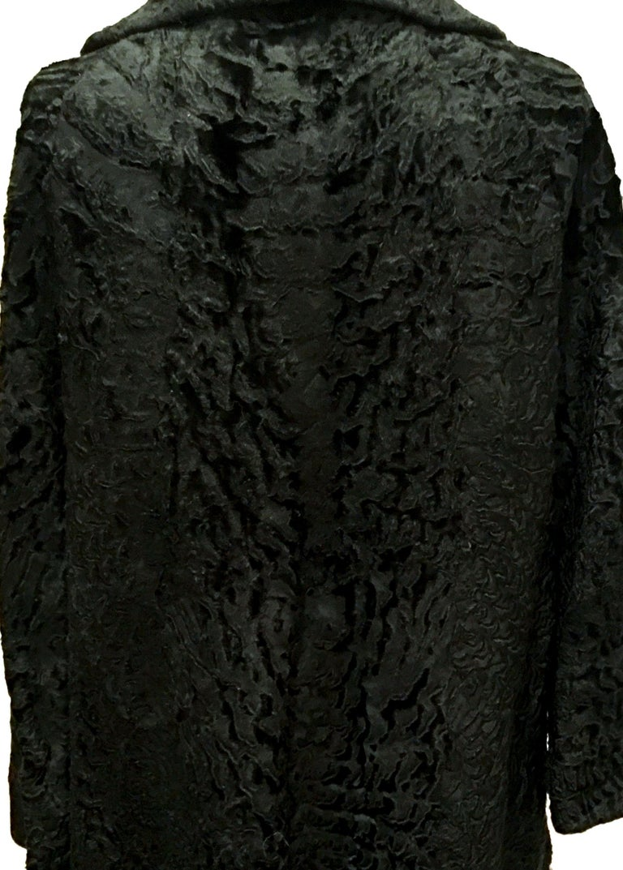 20th Century Sculptural Persian Jet Black Lamb Fur Swing Car Coat For Sale 4