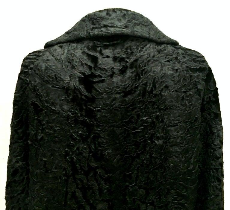 20th Century Sculptural Persian Jet Black Lamb Fur Swing Car Coat For Sale 5