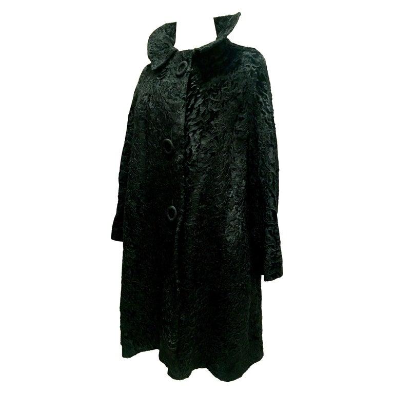 20th Century Sculptural Persian Jet Black Lamb Fur Swing Car Coat For Sale