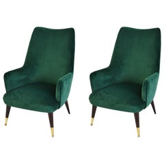 20th Century Set of Two Armchairs in the Style of Carlo de Carli in Green Velvet
