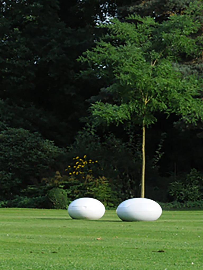 20th Century Space Age Original Peter Ghyczy Polyurethane White 1960s Garden Egg For Sale 5
