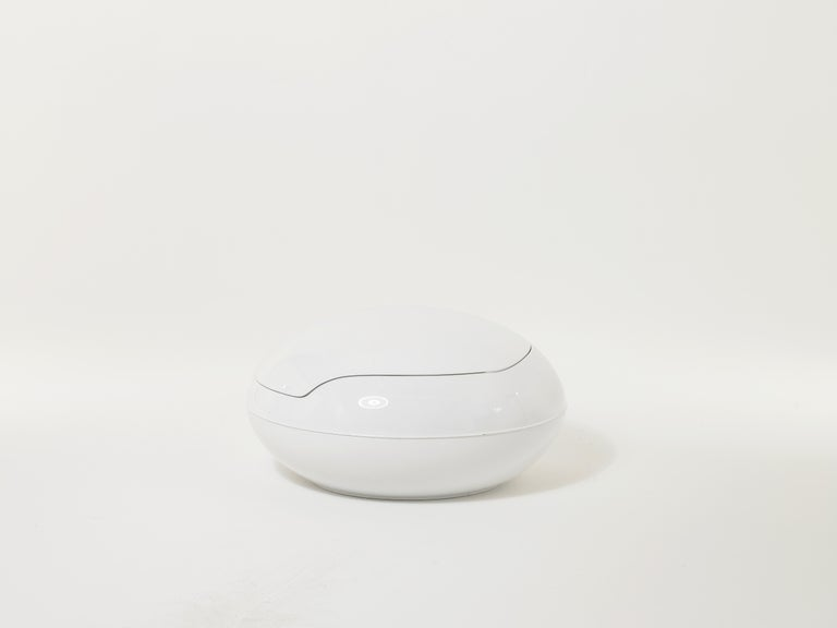Plastic 20th Century Space Age Original Peter Ghyczy Polyurethane White 1960s Garden Egg For Sale