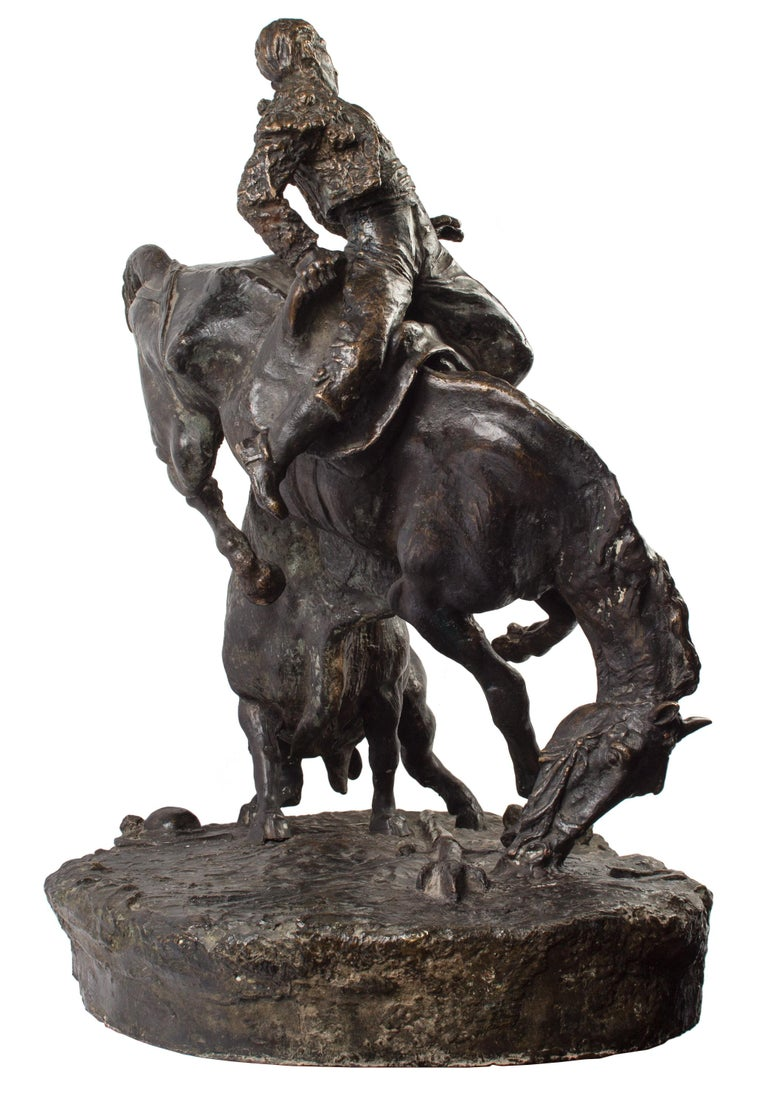 20th Century Spanish Bronze Picador and Bull Sculpture by Juan Polo Velasco For Sale 4
