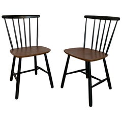 20th Century Spindle Wood Ilmar Tapiovaara Style Classic Chairs, 1960s Set of 2
