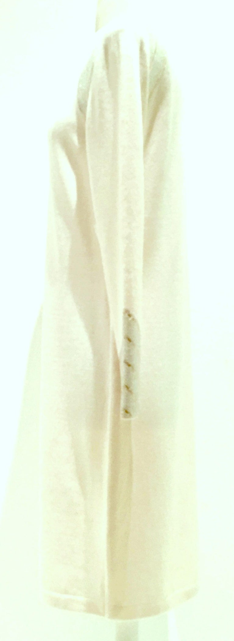 20th Century St John Knit Winter White Silver & Gold Pailettes Dress NWT-Size 6 In New Condition For Sale In West Palm Beach, FL