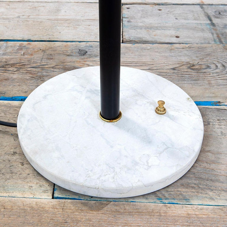 20th Century Stilnovo Floor Lamp with Diffuser in Satin Glass and Base in Marble In Fair Condition For Sale In Turin, IT