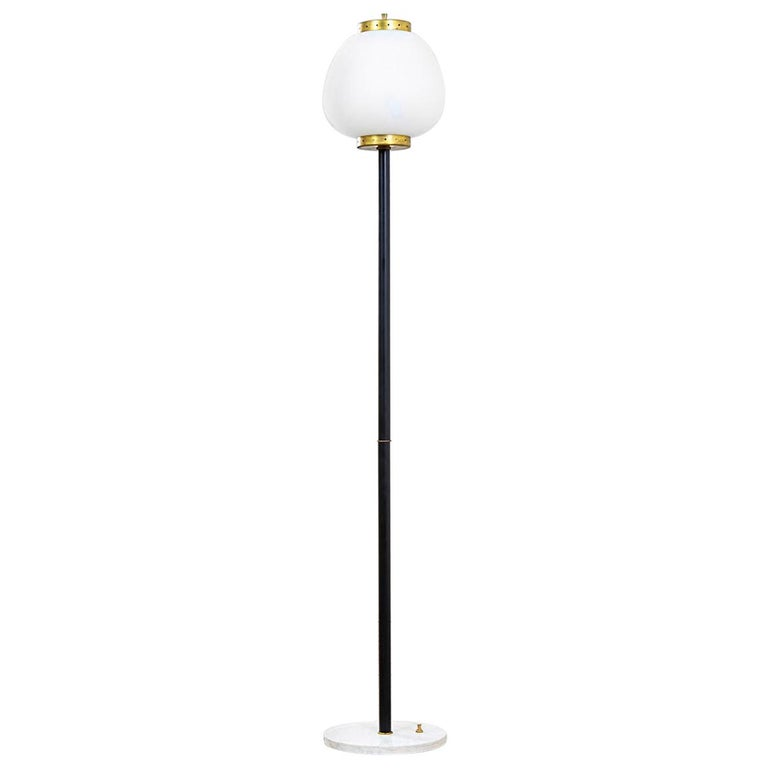 20th Century Stilnovo Floor Lamp with Diffuser in Satin Glass and Base in Marble For Sale