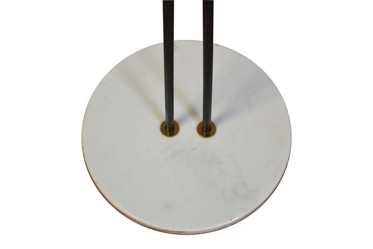20th Century Stilnovo Floor Lamp with Two Diffusers with Marble Base In Good Condition For Sale In Turin, IT