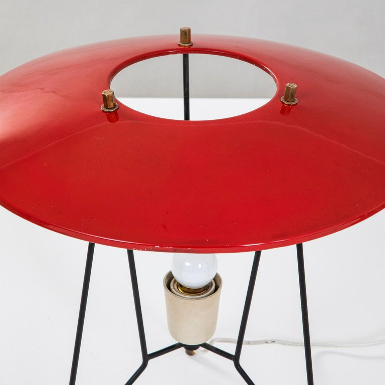 Mid-Century Modern 20th Century Stilnovo Table Lamp in Lacquered Metal and Brass '50s For Sale