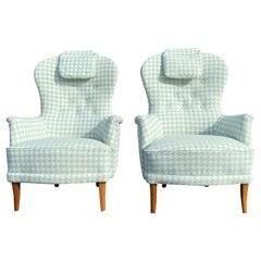 20th Century Swedish Sjögren Pair of Farmor Easy Chairs by Carl Malmsten