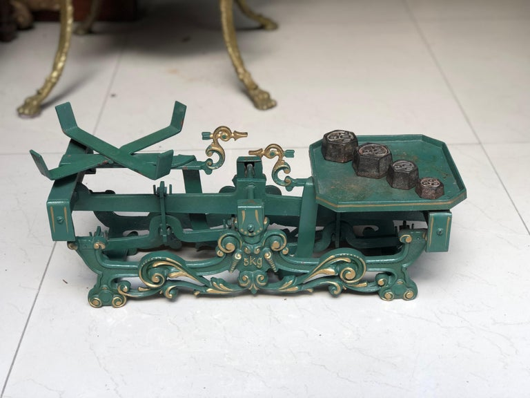 20th Century Swiss Balance Scale in Green with Complete Set of Weights For Sale 4