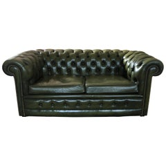 20th Century Two Seated Chesterfield Sofa in Dark Green Leather