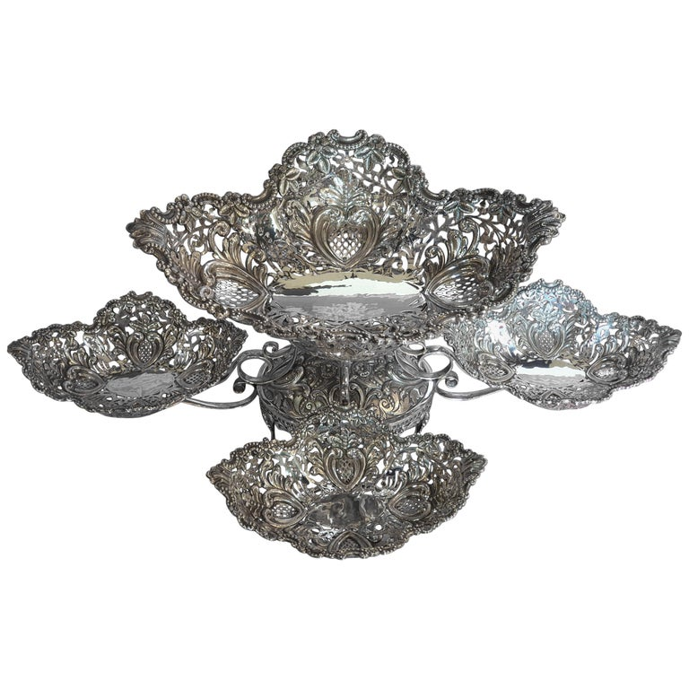20th Century Victorian Style Handcrafted Sterling Silver Epergne, Italy, 1998 For Sale