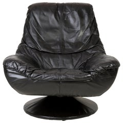 20th Century Vintage Black Soft Leather Swivel Armchair, Italy, 1960s
