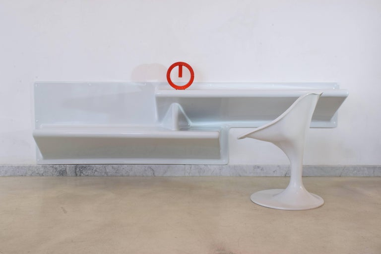 20th Century Vintage Fiberglass Hanging Console or Desk by Knoll, 1970s For Sale 2