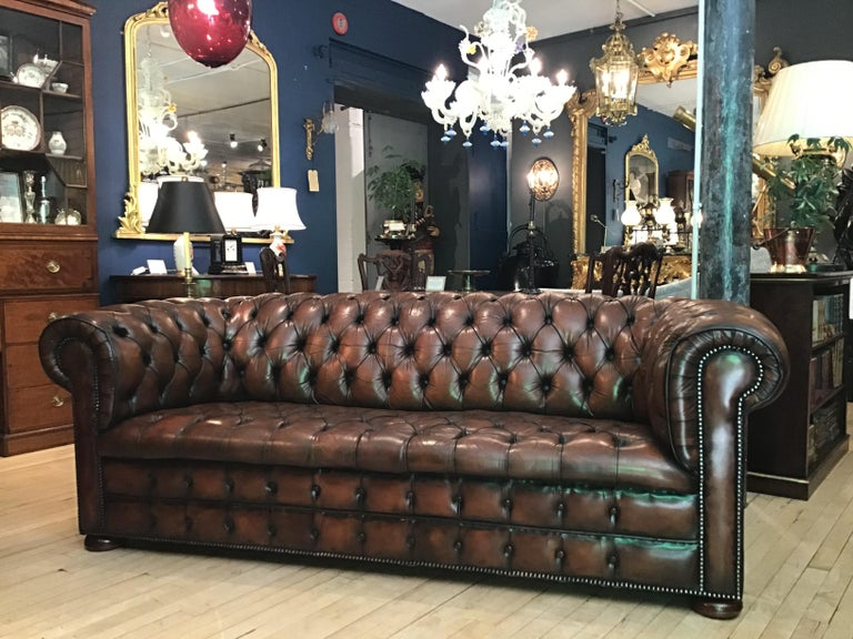 20th Century Vintage Leather Chesterfield Three Seater Sofa, in Rich Nutty Brown For Sale 10