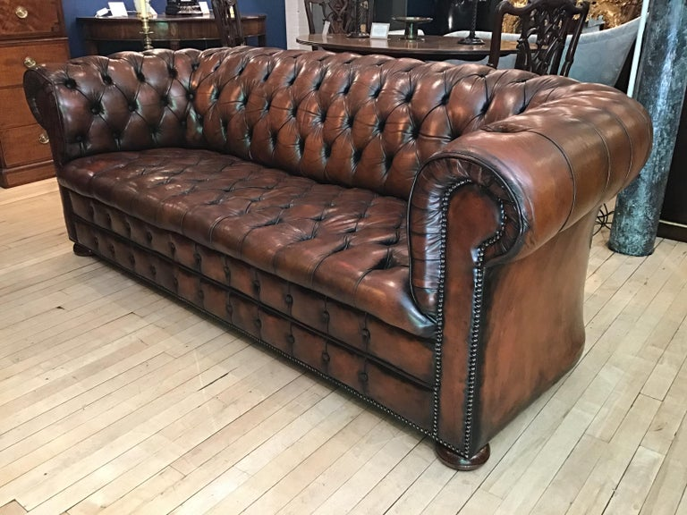 20th Century Vintage Leather Chesterfield Three Seater Sofa, in Rich Nutty Brown For Sale 4