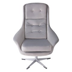 20th Century Vintage Light Gray Swivel Armchair, 1960s
