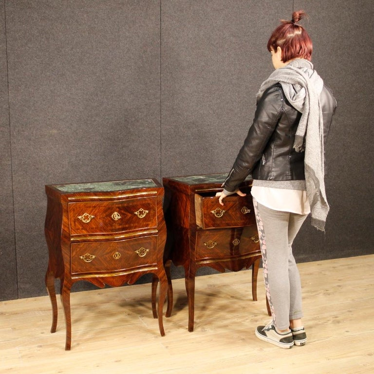 20th Century Violet Wood Inlaid Pair of Italian Bedside Tables, 1920 For Sale 7