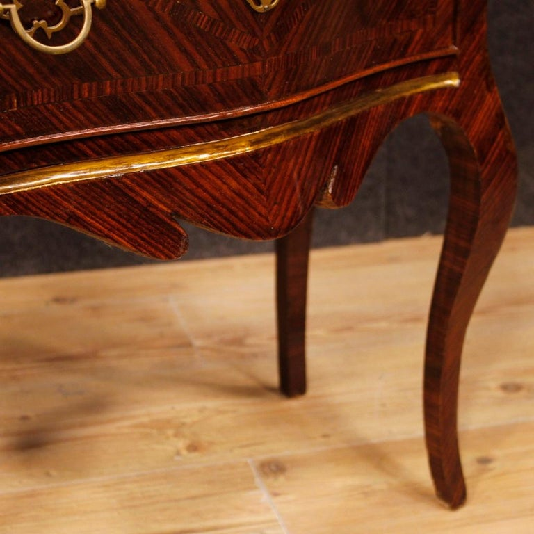 20th Century Violet Wood Inlaid Pair of Italian Bedside Tables, 1920 For Sale 4