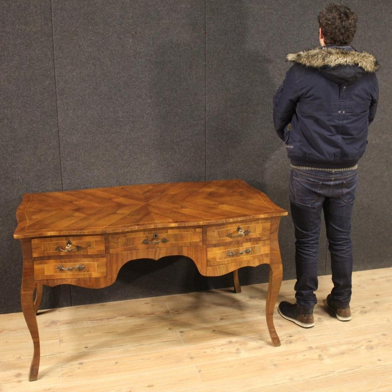 20th Century Walnut Maple and Fruitwood Italian Writing Desk, 1960 For Sale 8