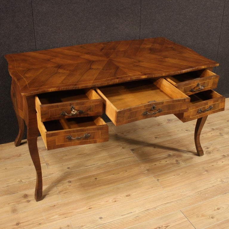 20th Century Walnut Maple and Fruitwood Italian Writing Desk, 1960 For Sale 2