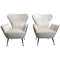 20th Century White Italian Pair of Lounge Chairs by Paolo Buffa