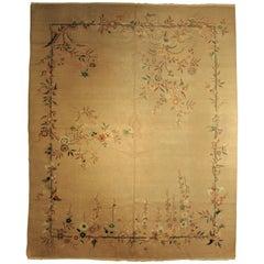 20th Century White Wool from China Art Deco Nichols Rug, 1920-1940