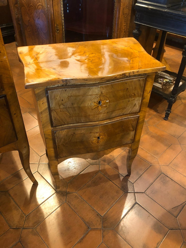 20th Century Wood Louis XVI Revival Chest of Drawers and Nightstands, Italy 1910 For Sale 1