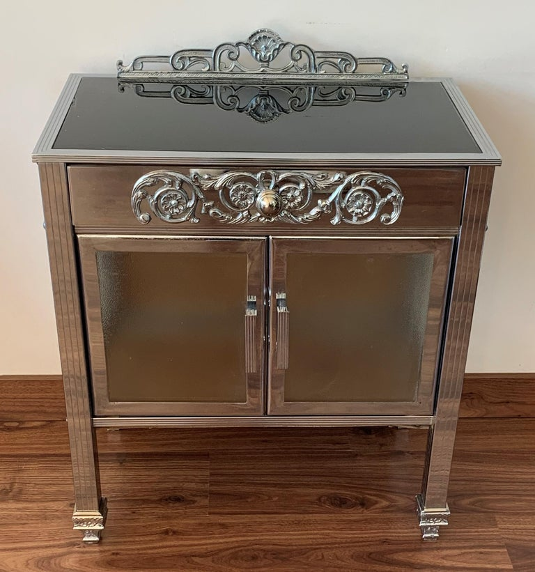 20th Century French Art Deco Pair of Brass Side Table or Nightstands, Drawer and Door For Sale