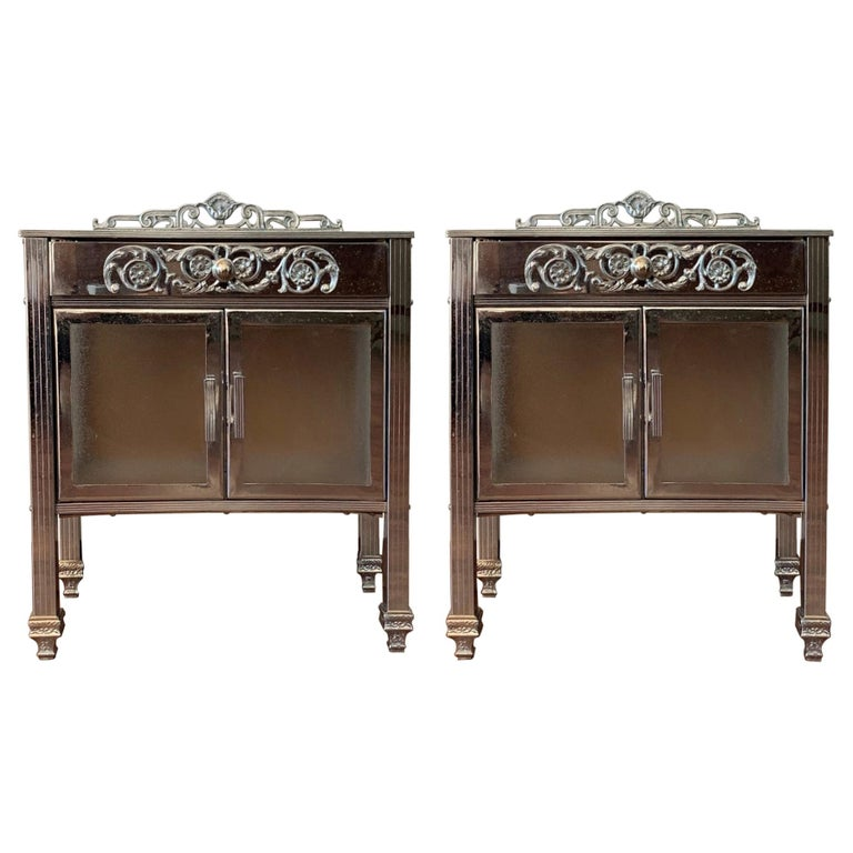 French Art Deco Pair of Brass Side Table or Nightstands, Drawer and Door For Sale