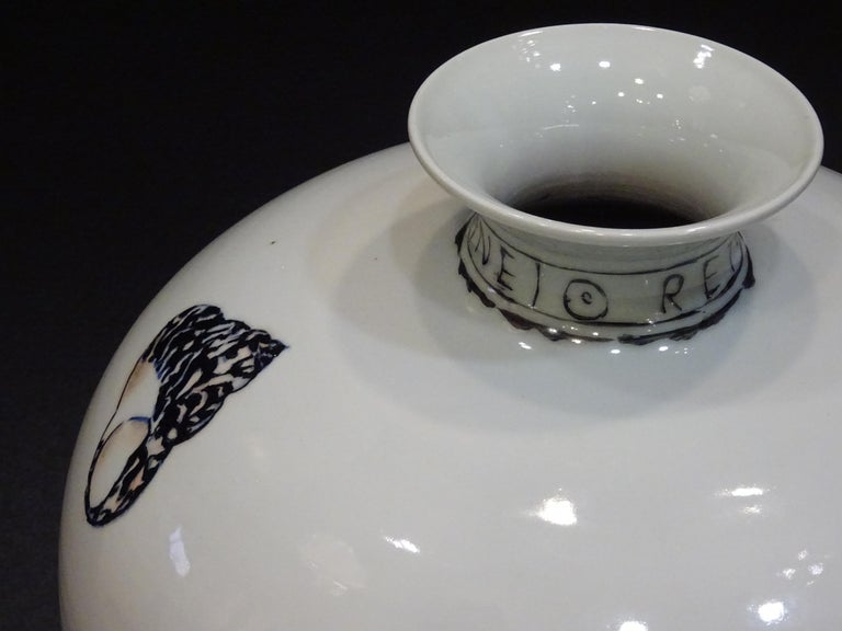 20th Century Great Black and White French Vase by Fabienne Jouvin For Sale 3