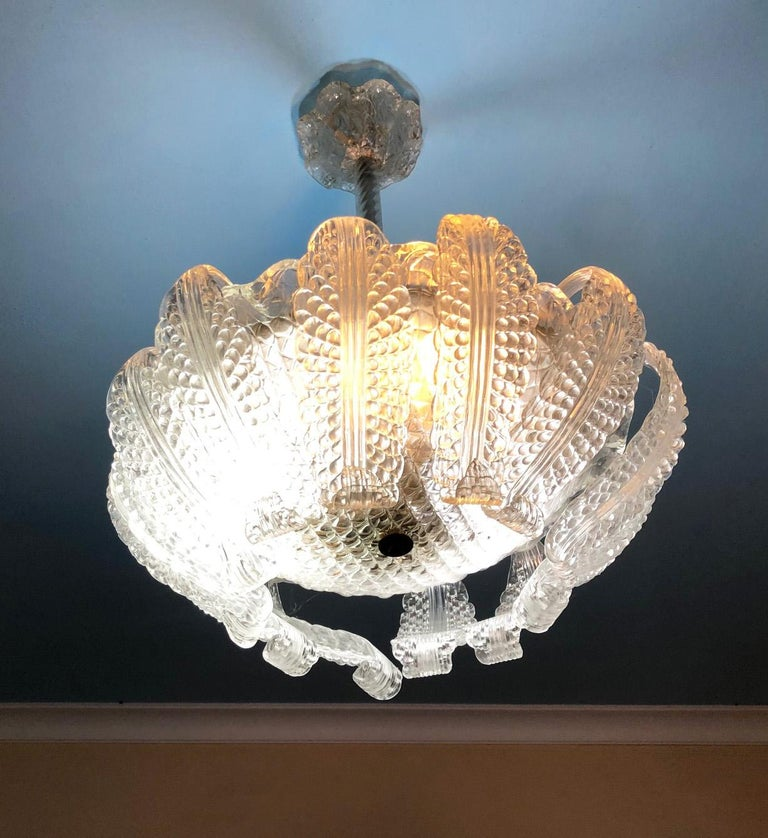Mid-Century Modern 20th Century Italian Murano Glass Chandelier with 12 Leaves and Three Lights For Sale