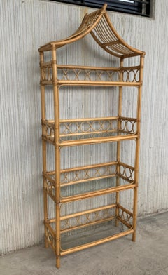 20th Midcentury Bamboo and Glass Étagère, Pagoda Style. Four Shelves