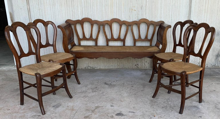 20th Set of One Bench and Four Victorian Chairs, Wood and Rattan In Good Condition For Sale In Miami, FL