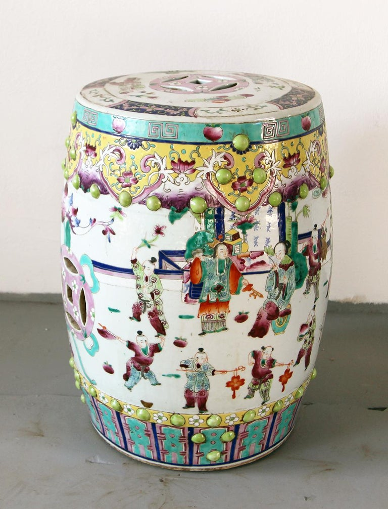 Chinoiserie 20th Vintage Garden Furniture in Chinese Polychrome Porcelain For Sale