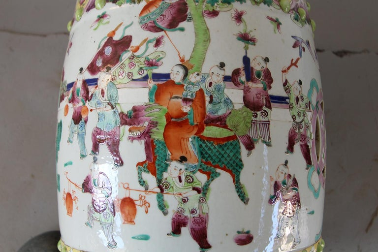 20th Vintage Garden Furniture in Chinese Polychrome Porcelain In Excellent Condition For Sale In Brescia, IT