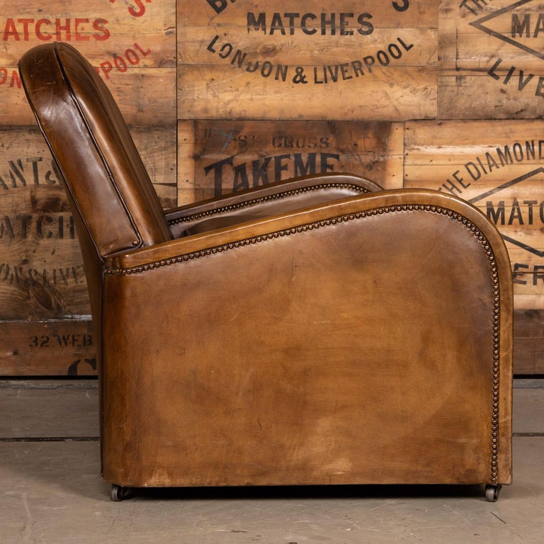 20th Century Art Deco Pair of Leather Tub Chairs and Sofa, circa 1920 For Sale 1