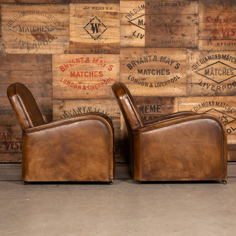 20th Century Art Deco Pair of Leather Tub Chairs and Sofa, circa 1920 For Sale 5