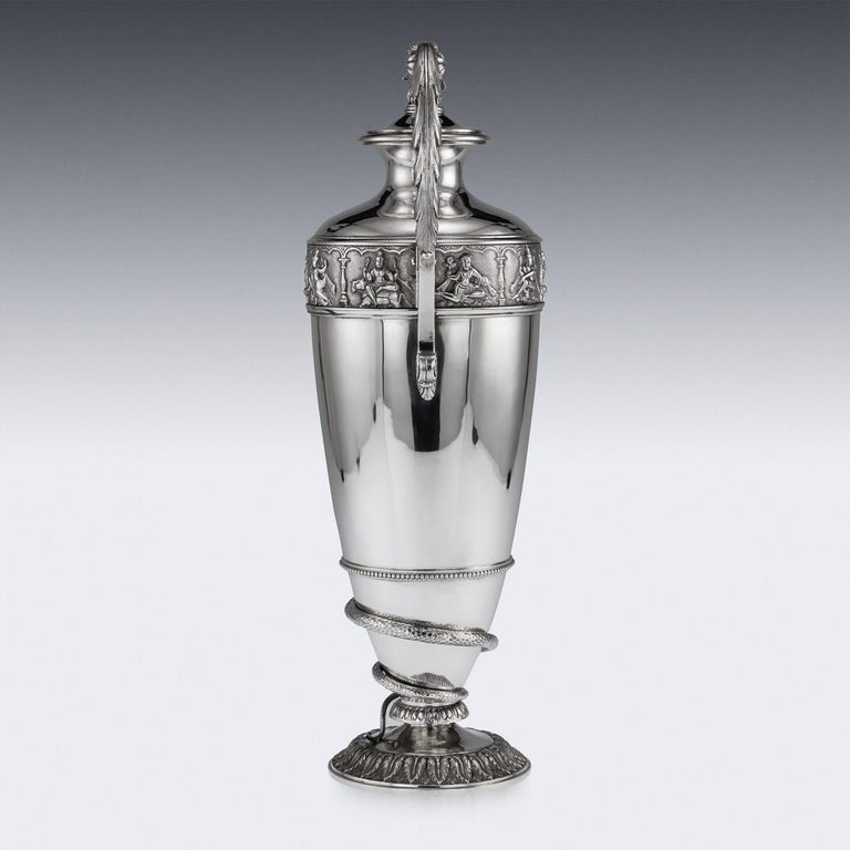 20th Century Indian Solid Silver 28th Regiment Ewer, P.Orr & Sons, circa 1900 In Good Condition For Sale In London, London