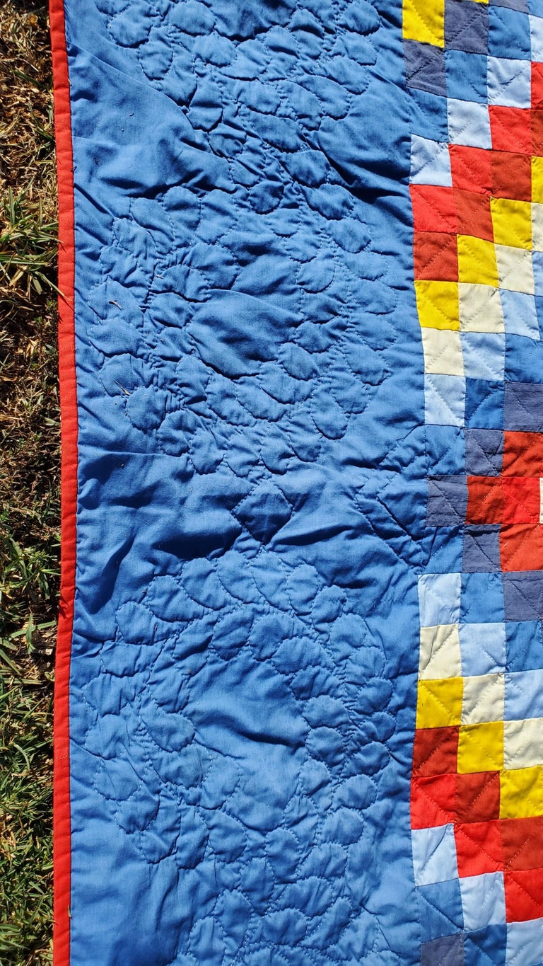 Hand-Crafted 20th Century Pennsylvania Amish Philadelphia Pavement Quilt For Sale