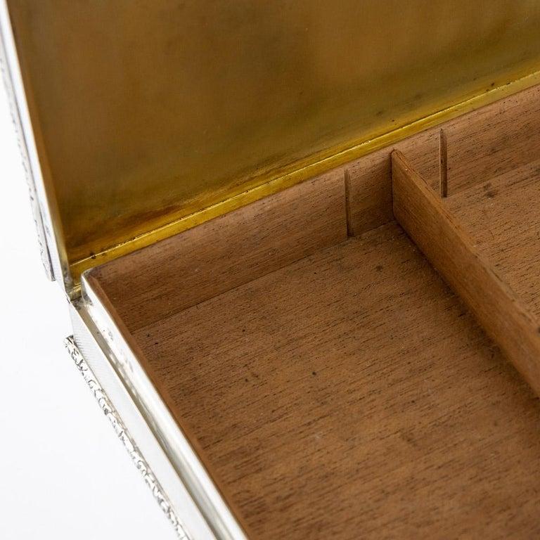 20th Century Solid Silver Cigar Box by Richard Comyns, circa 1960 For Sale 8