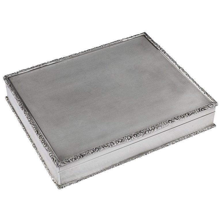 20th Century Solid Silver Cigar Box by Richard Comyns, circa 1960 For Sale