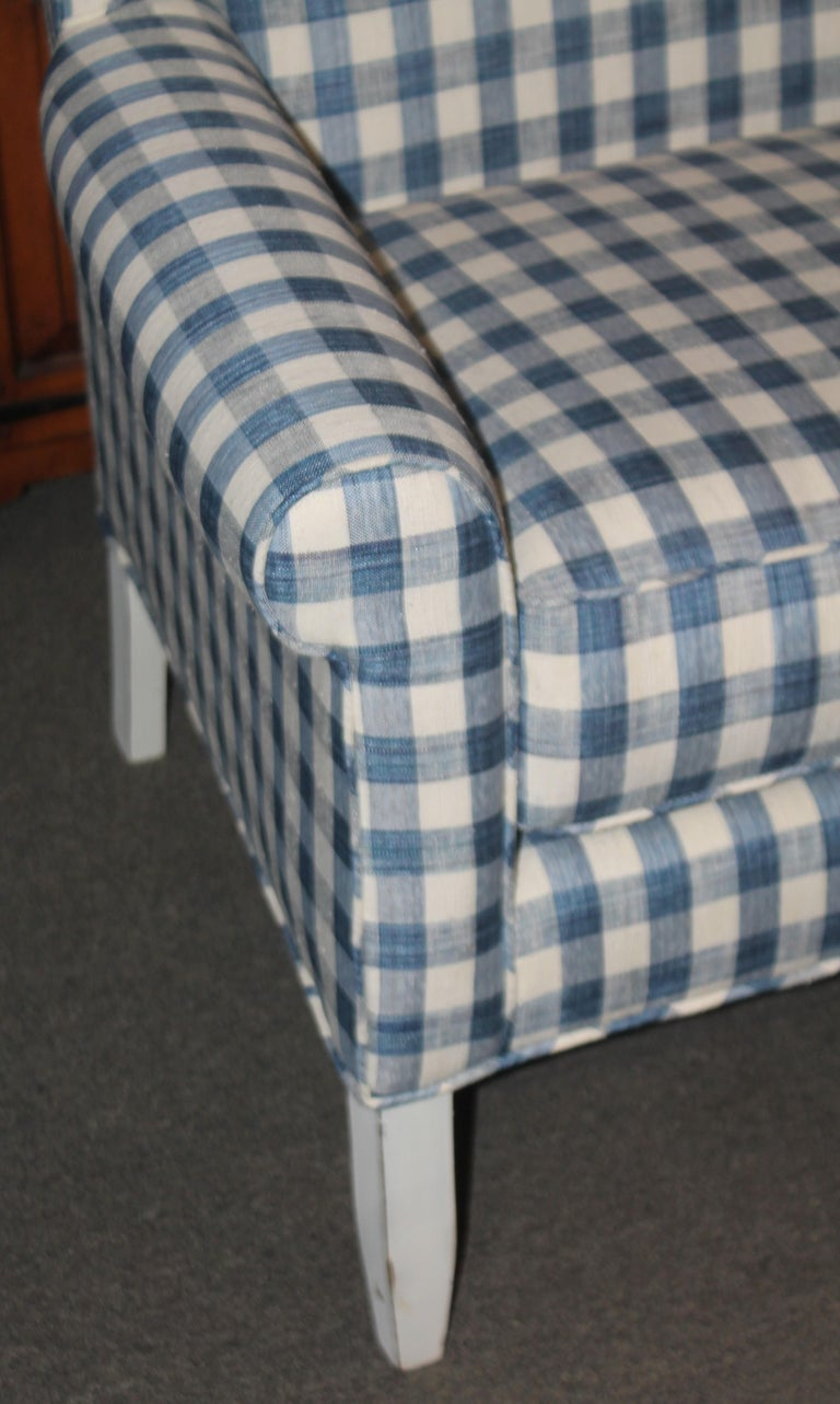 American 20thc Wing Back Love Seat in Homespun Linen For Sale