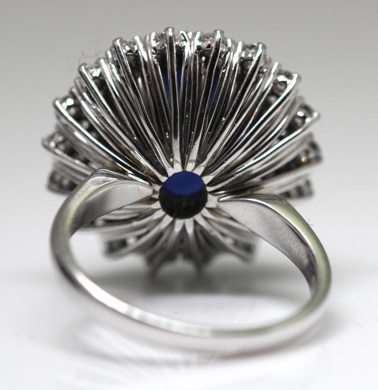 21 Carat Vintage Star Sapphire and Diamond Cluster White Gold Cocktail Ring For Sale 3