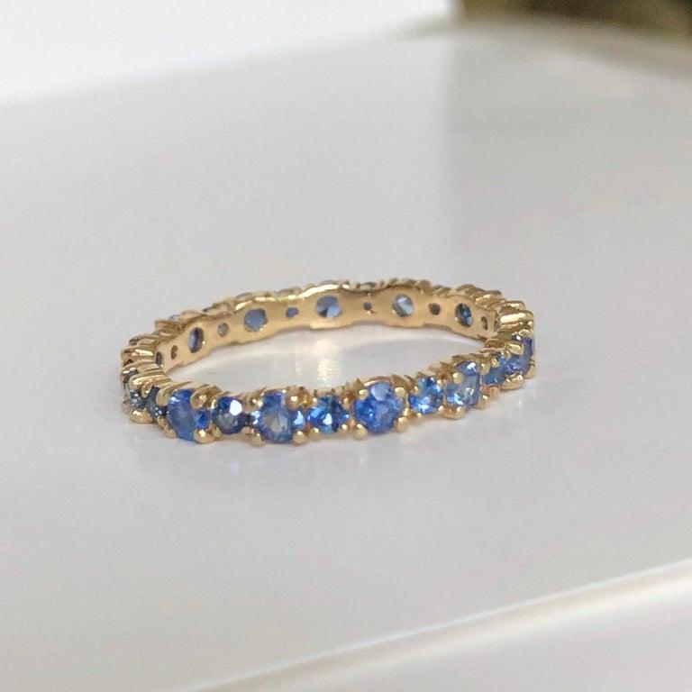 2.10 Carat Ceylon Sapphire Engagement Eternity Wedding Band Ring Gold For Sale 5